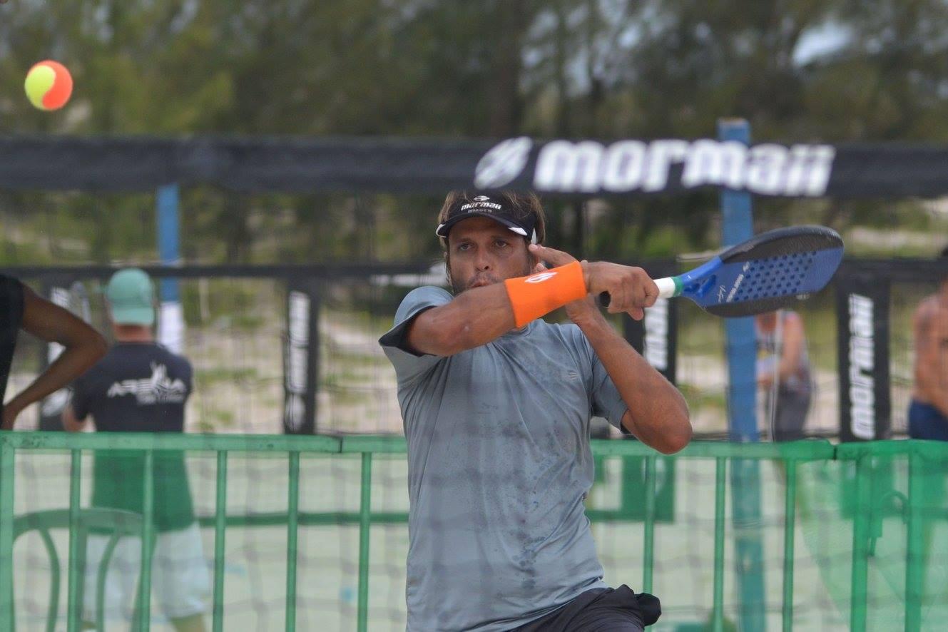 O torneio teve ainda o lançamento da Linha Mormaii de Beach Tennis, a  primeira coleção da marca que virá com Raquetes, Bolas, Grips,  Munhequeiras, ... 1a302df50b