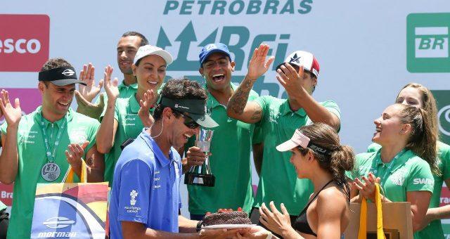 Brasil faz a festa no Rei e Rainha do Mar