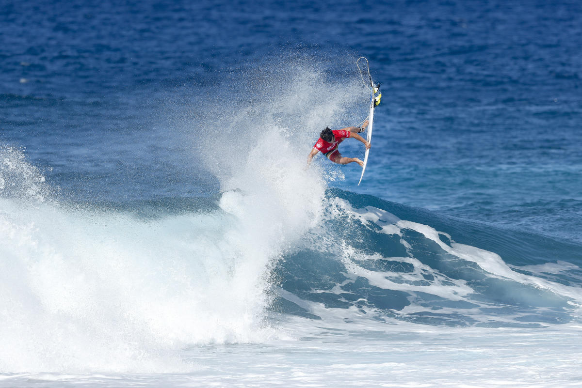 Ian-Gouveia-Sydney-Surf-Pro