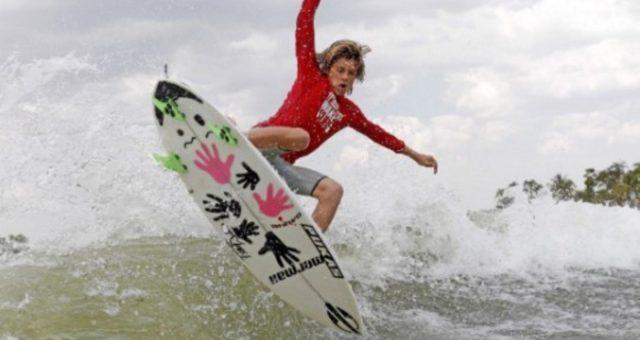 Começou o 11º campeonato brasileiro de Wakesurf Mormaii