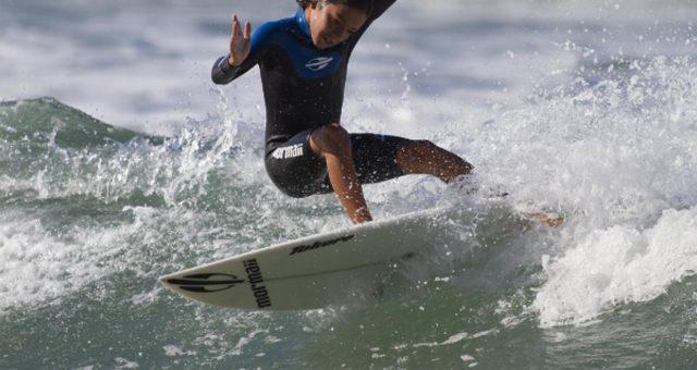 Lucas, Tainá e Walley vencem 3ª etapa do surfuturo groms 2014