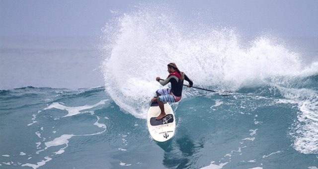 Caio Vaz é campeão carioca de Sup Wave