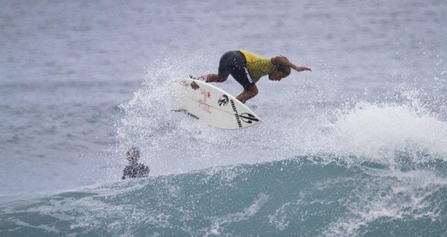 Garotada brilha no Circuito Catarinense de Surf