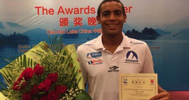 Allan do Carmo é campeão mundial de maratonas aquáticas