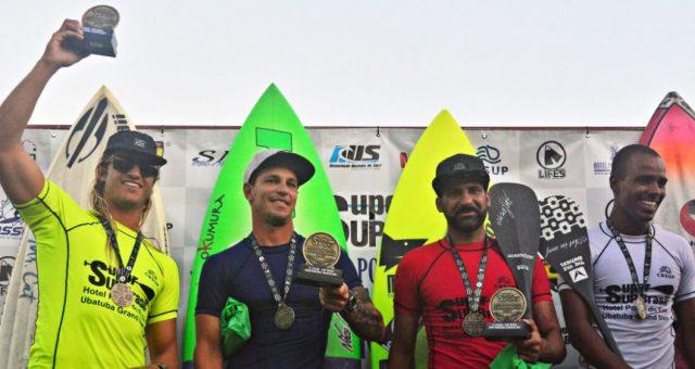 Caio Vaz é campeão do Super SUP em Ubatuba