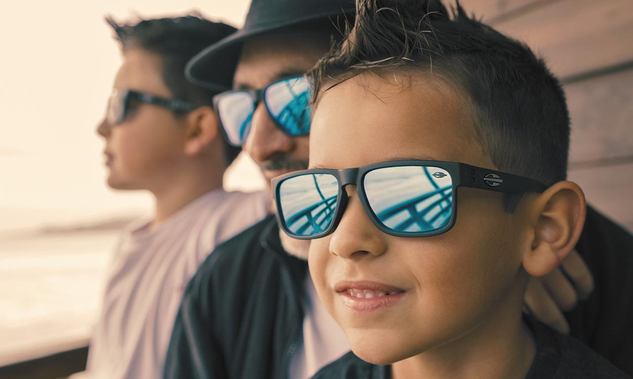 e2608efaa11ee Saúde dos olhos  crianças precisam de óculos de sol  - Mormaii
