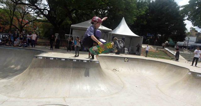 Tuco Arruda voando no Circuito Brasileiro de Skate