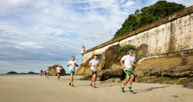 Amazing Runs reúne 700 atletas na Ilha do Mel
