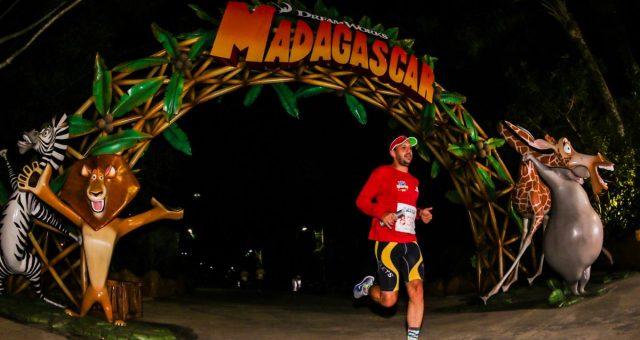 Magia e adrenalina na Maratona Beto Carrero