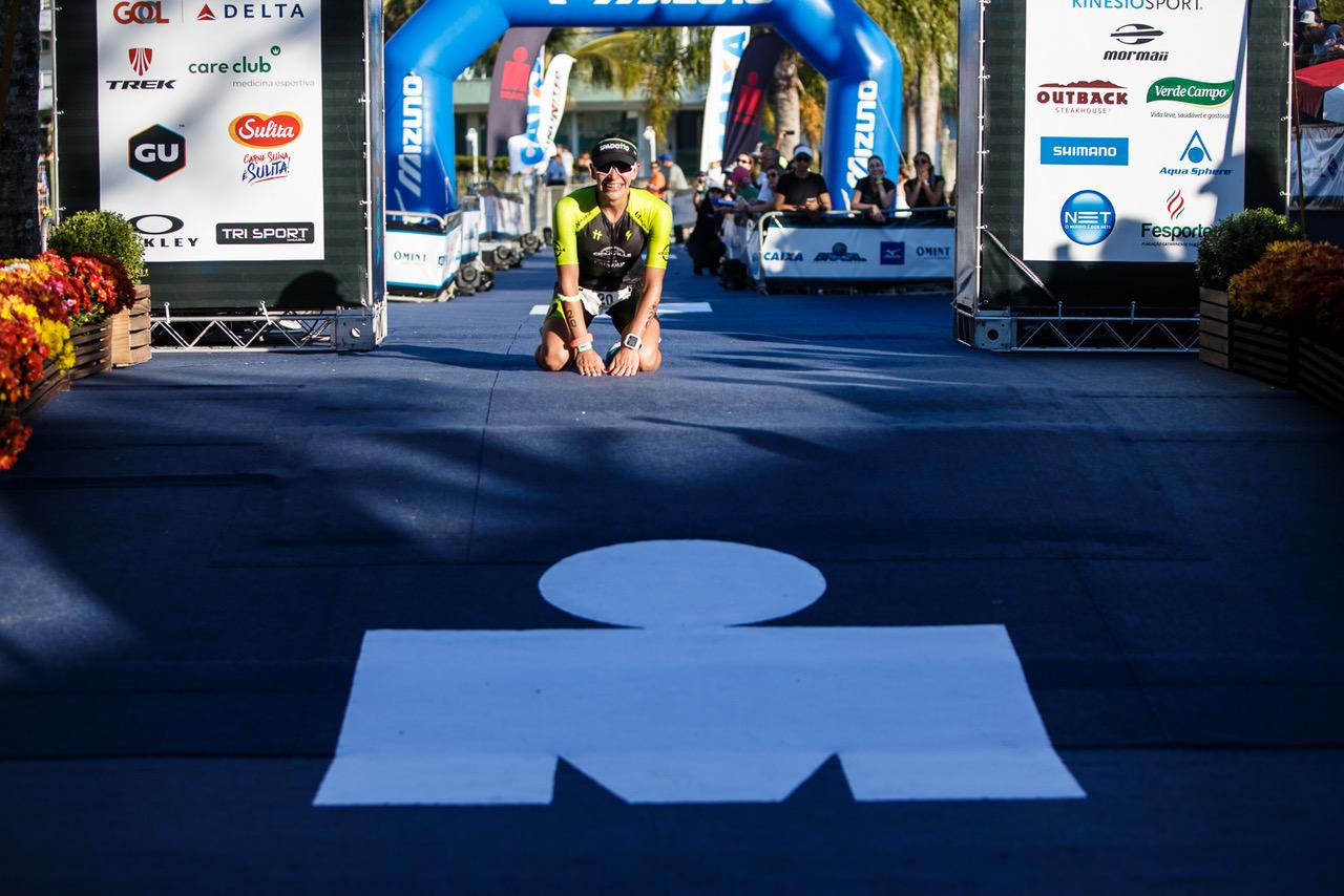 Confira mais um show de triathlon no Ironman Florianópolis 4d9fc8070f