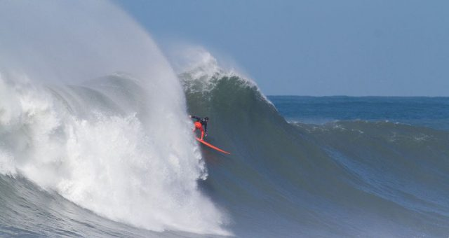 Lucas Chumbo vence o Mormaii Big Wave