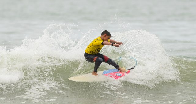 Garotada do Circuito Surf Talentos deu show
