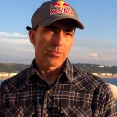O relato de Carlos Burle para a Greensavers sobre surf e ecologia 724541d430
