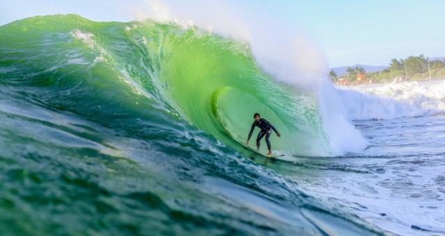 5 Motivos para você surfar no Inverno